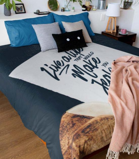 Live a life that would make you jealous Cute Graphic Blanket